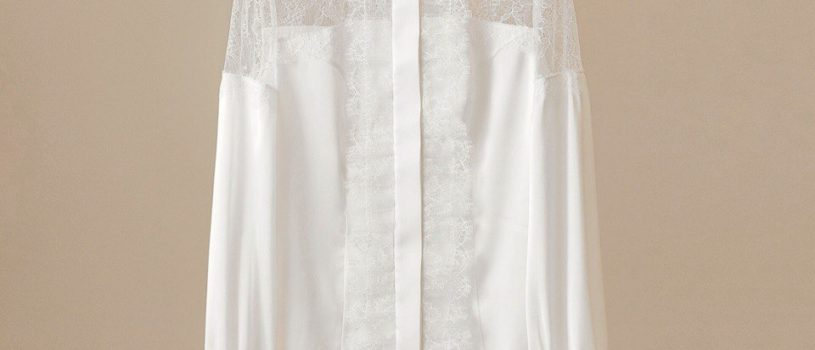 Тонкое соединение шелка и кружева: блуза молочно-белого цвета — индивидуальный заказ для прекрасной Маргариты.