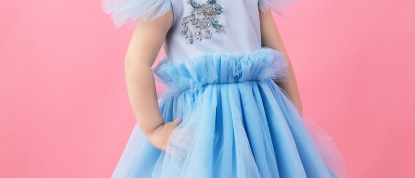 Нежно-голубой цвет