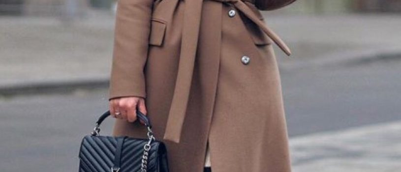Готовимся к холодам и шьём тёплые пальто с меховой отделкой ️ Такая модель прекрасно подойдёт, если ты любишь выглядеть не только уютно и комфортно, но и элегантно
