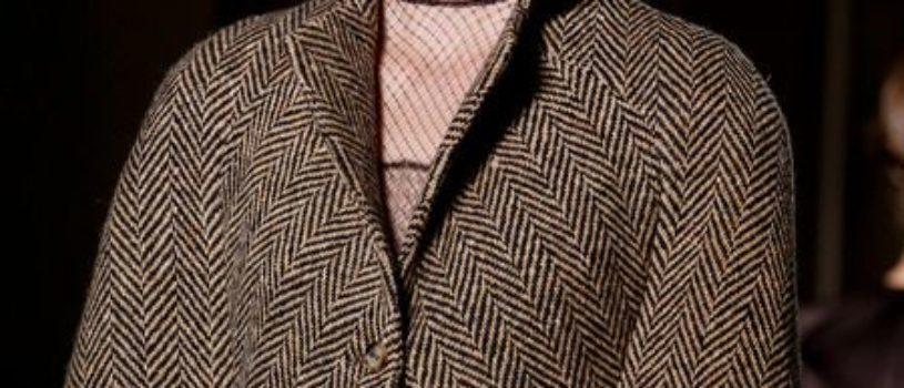 Акцент на крой жакетов и пальто с показов