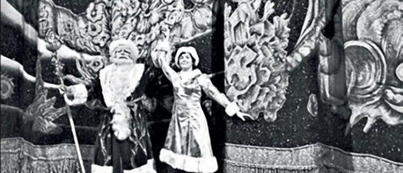 Вы знали,когда в России люди начали впервые шить новогодние костюмы?